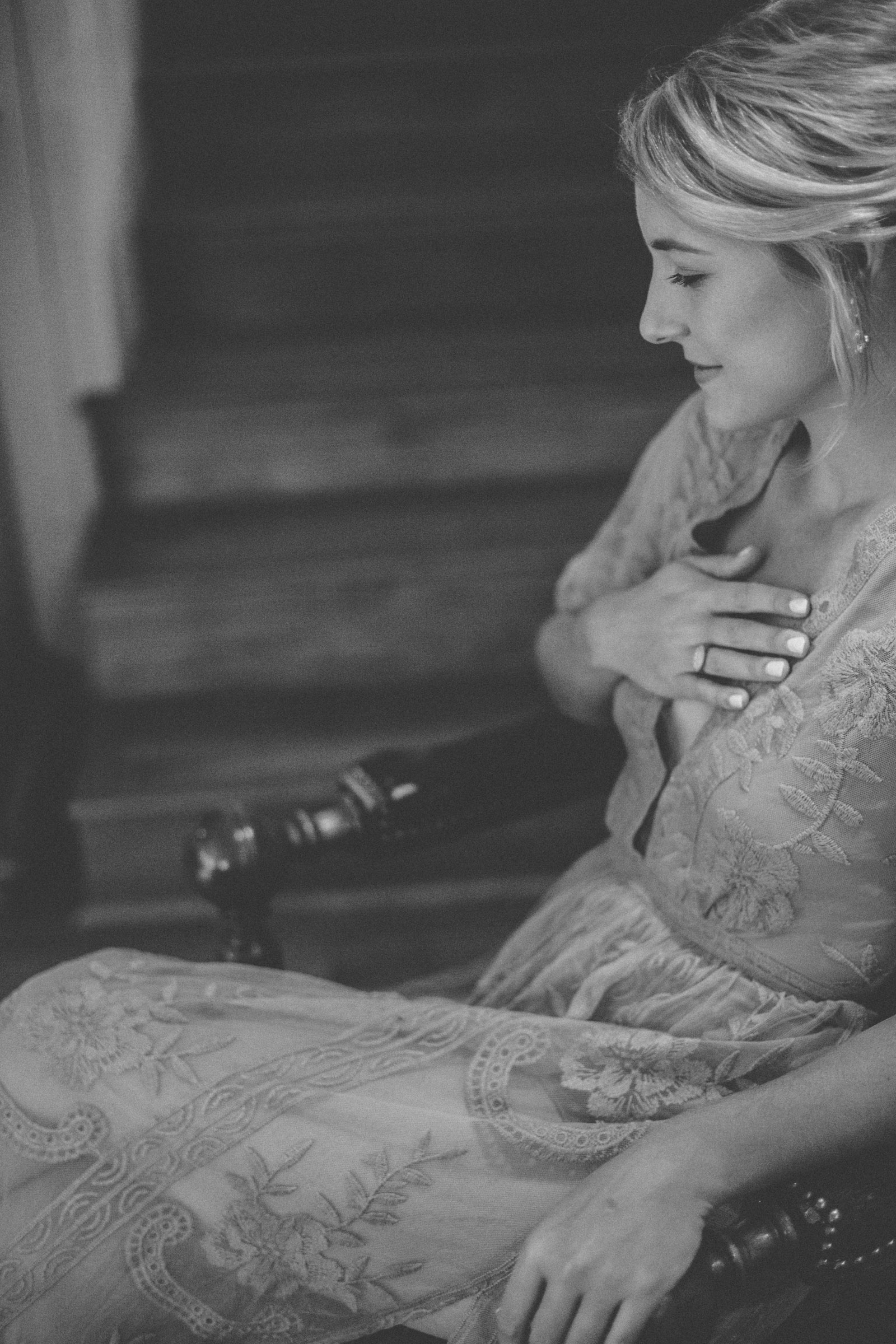 016-abstract-image-of-blonde-woman-getting-ready-for-her-wedding-and-gasping