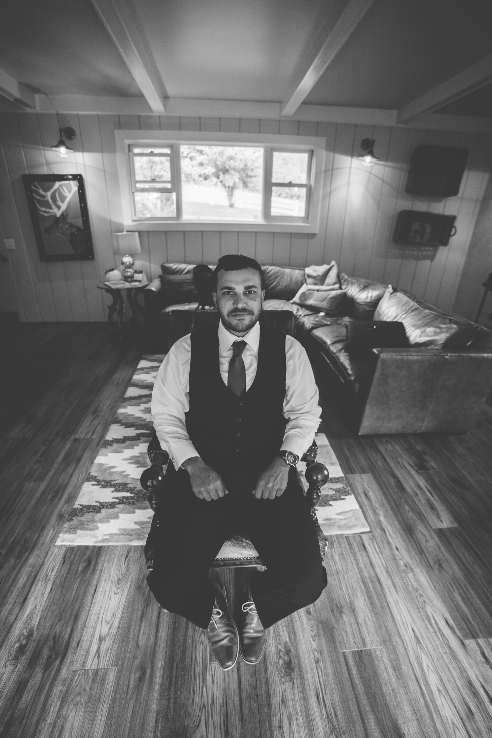 groom portrait of rustic elopment and wedding day