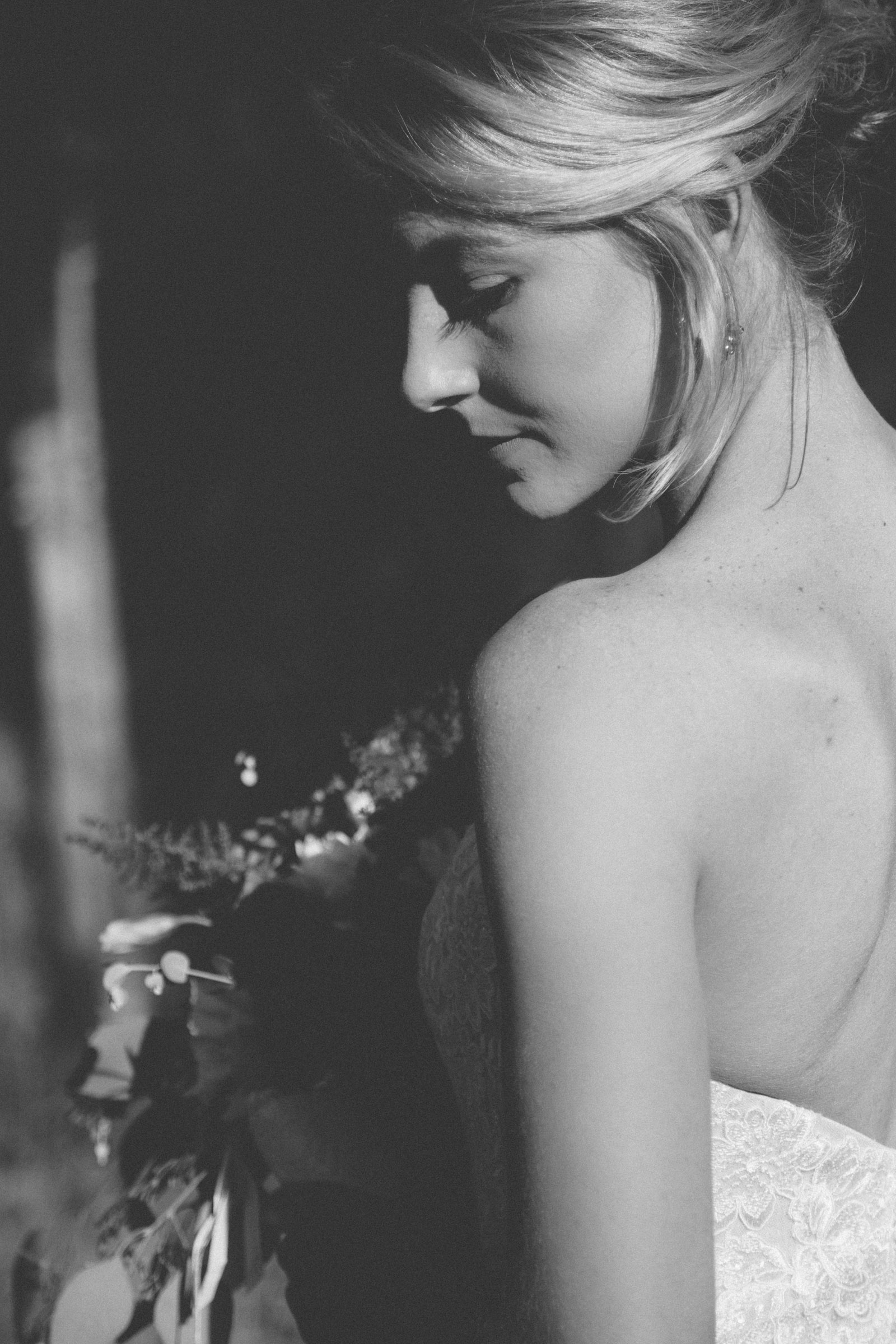 045-beautiful-portrait-of-bride-in-dress-in-nature-and-photojournalistic-photography-in-durango-colorado-elopement-wedding